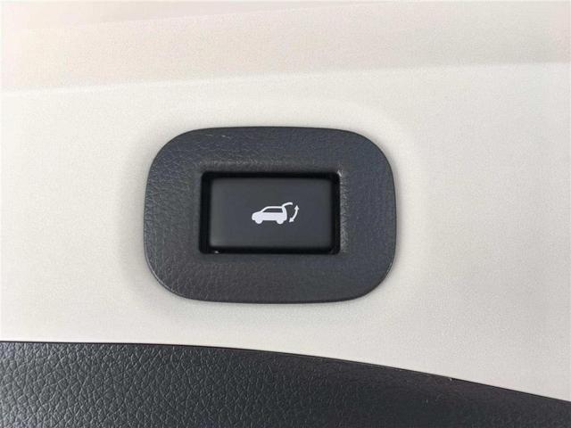 20Xi  登録済未使用車 パワーバックドア 革シート(3枚目)