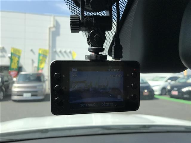 G ワンオーナー 4WD HID スマートキー バックカメラ(5枚目)