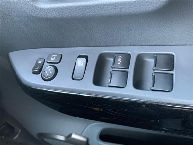 JスタイルIIターボ 4WD/純正エンジンスターター/クルーズコントロール/パドルシフト/衝突軽減ブレーキ/アイドリングストップ/横滑り防止/白線逸脱警報装置/前席シートヒーター/ハーフレザーシート/ミラーヒーター(13枚目)