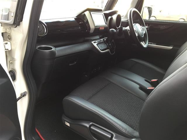 G・ターボLパッケージ 4WD/ターボ/ナビ/バックカメラ/両側パワースライドドア/シートヒーター/ハーフレザーシート/クルーズコントロール/ETC/(13枚目)