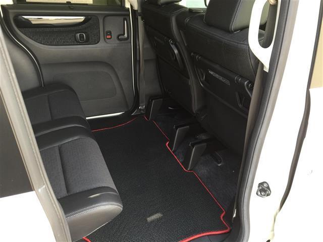 G・ターボLパッケージ 4WD/ターボ/ナビ/バックカメラ/両側パワースライドドア/シートヒーター/ハーフレザーシート/クルーズコントロール/ETC/(17枚目)