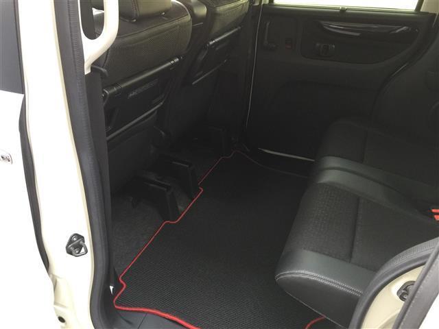G・ターボLパッケージ 4WD/ターボ/ナビ/バックカメラ/両側パワースライドドア/シートヒーター/ハーフレザーシート/クルーズコントロール/ETC/(18枚目)