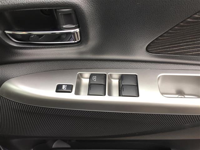 X Vセレクション 4 W D 純正SDメモリーナビ フルセグTV 両側パワースライドドア 運転席シートヒーター エンジンスターター 全方位カメラ アイドリングストップ 横滑り防止 衝突被害軽減ブレーキ(12枚目)