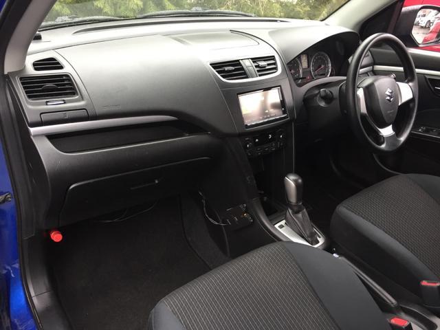 XG 4WD 社外SDナビ DVD視聴可能 バックカメラ 横滑り防止装置 前席シートヒーター E T C プッシュスタート スマートキー(3枚目)