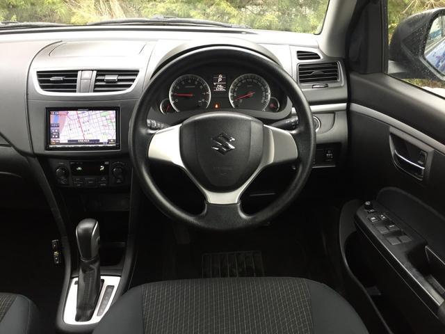 XG 4WD 社外SDナビ DVD視聴可能 バックカメラ 横滑り防止装置 前席シートヒーター E T C プッシュスタート スマートキー(7枚目)