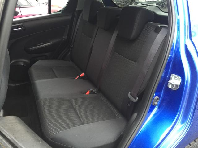 XG 4WD 社外SDナビ DVD視聴可能 バックカメラ 横滑り防止装置 前席シートヒーター E T C プッシュスタート スマートキー(13枚目)