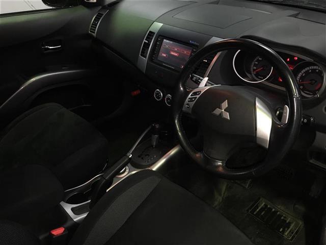 三菱 アウトランダー G 4WD ワンオーナー HDDナビ バックカメラ ETC