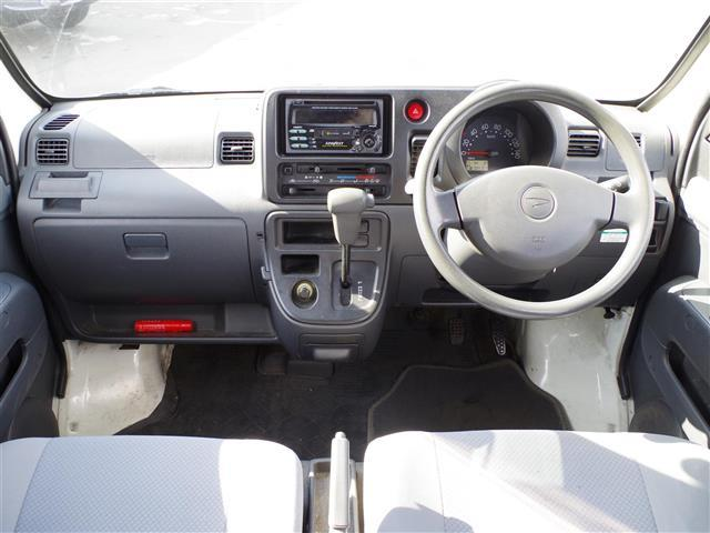 ダイハツ ハイゼットカーゴ DX 4WD