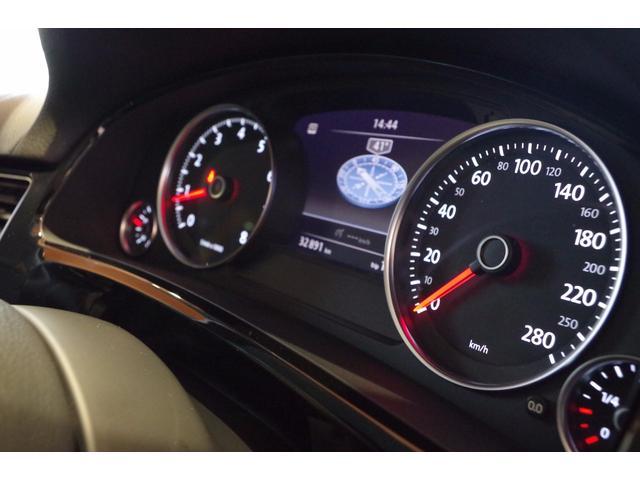 フォルクスワーゲン VW トゥアレグ V6 アラウンドビューカメラ