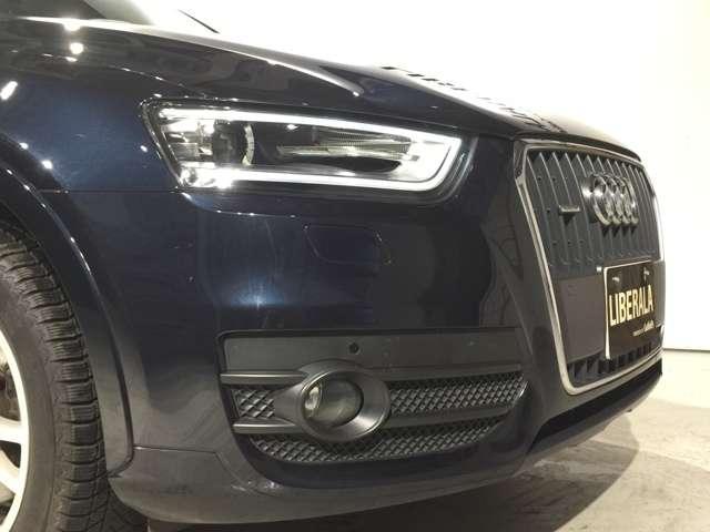 BMW純正のポリマーコーティングは輸入車の塗装にマッチします。皮膜の厚さと水に濡れたような艶が自慢です。航空機のボディーコート材としても使われております。