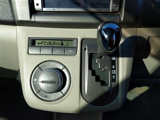 トヨタ パッソセッテ G スマートキー 3列シート サイドエアバッグ