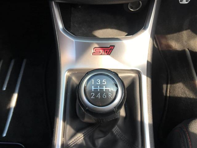 STi スペックC 6速マニュアル車・ワンオーナー車(5枚目)