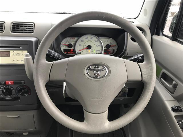 トヨタ ピクシススペース L アイドリングストップ