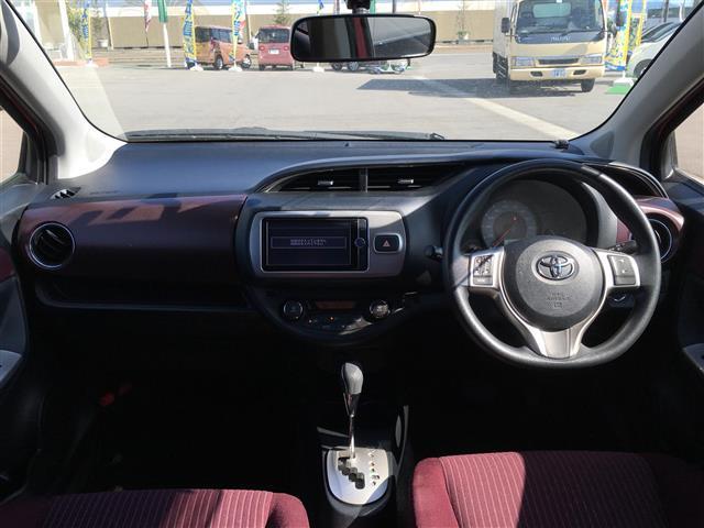 ジュエラ・4WD・純正SDナビ・バックカメラ・ETC(3枚目)