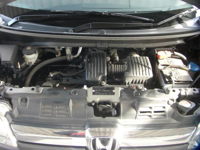 エンジンは、660ccNA。