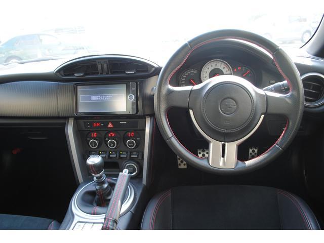 トヨタ 86 GTリミテッド レイズ19インチアルミ フジツボマフラー