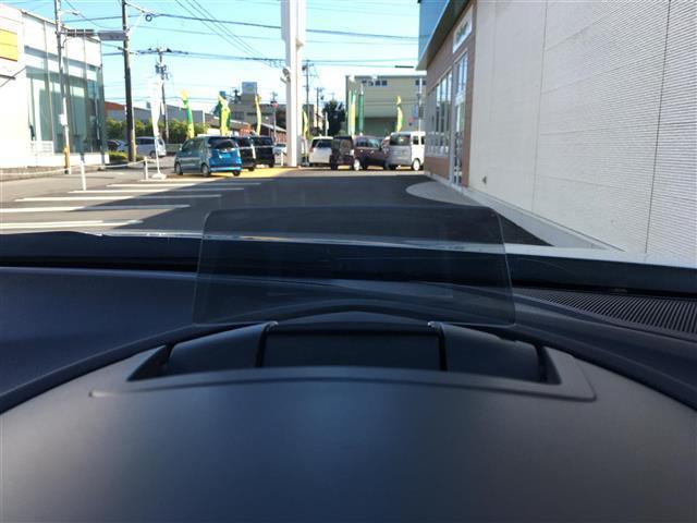 15Sツーリング ワンオーナー 純正ナビ/フルセグTV/Bluetooth バックカメラ HIDヘッドライト アドバンスキー プッシュスタート ヘッドアップディスプレイ ETC 衝突軽減ブレーキ横滑り防止装置(5枚目)