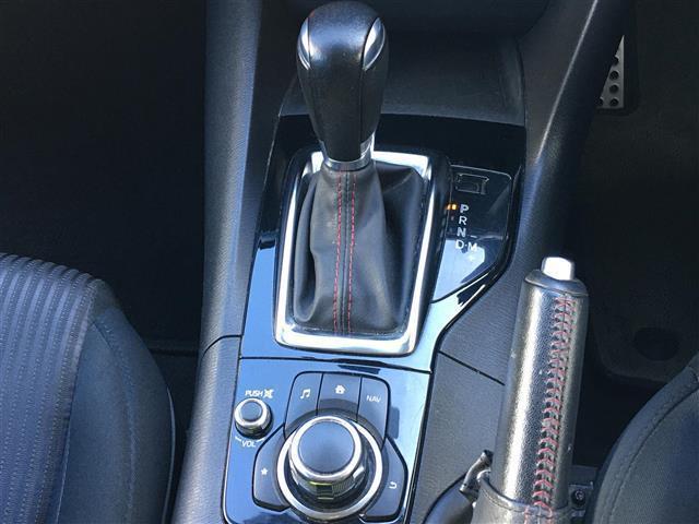 15Sツーリング ワンオーナー 純正ナビ/フルセグTV/Bluetooth バックカメラ HIDヘッドライト アドバンスキー プッシュスタート ヘッドアップディスプレイ ETC 衝突軽減ブレーキ横滑り防止装置(9枚目)