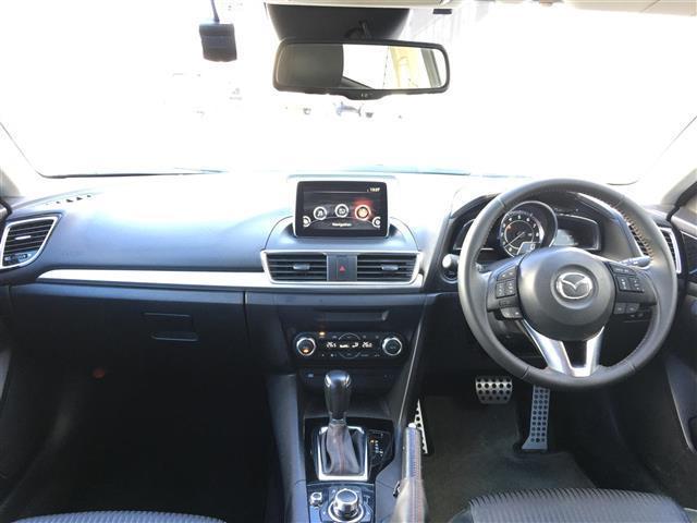 15Sツーリング ワンオーナー 純正ナビ/フルセグTV/Bluetooth バックカメラ HIDヘッドライト アドバンスキー プッシュスタート ヘッドアップディスプレイ ETC 衝突軽減ブレーキ横滑り防止装置(11枚目)