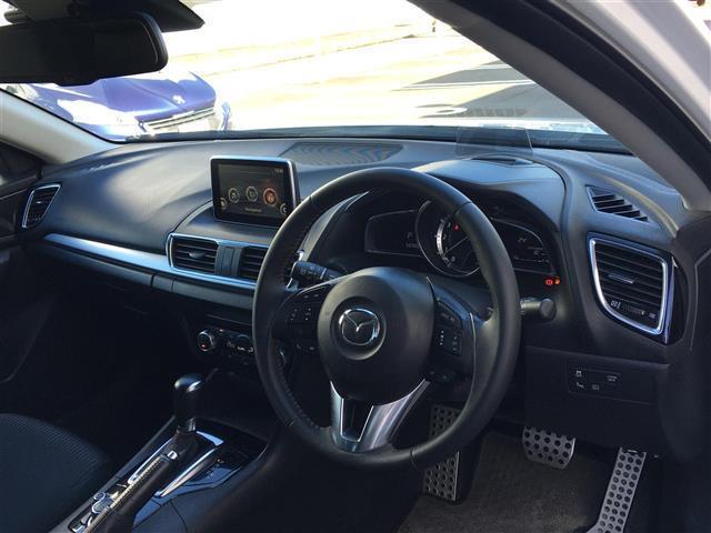 15Sツーリング ワンオーナー 純正ナビ/フルセグTV/Bluetooth バックカメラ HIDヘッドライト アドバンスキー プッシュスタート ヘッドアップディスプレイ ETC 衝突軽減ブレーキ横滑り防止装置(16枚目)