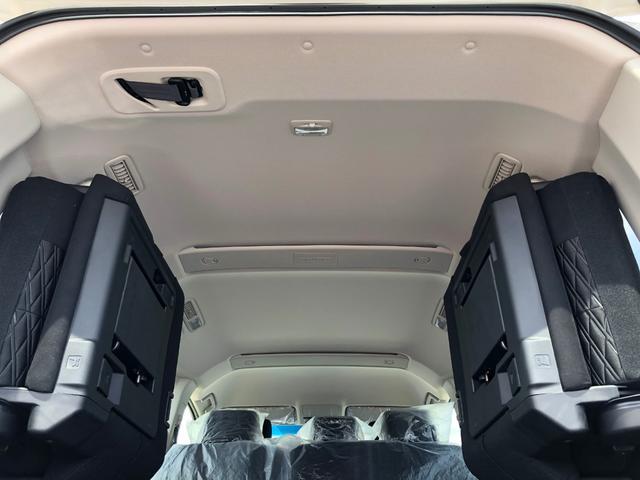 Gパワーパケ 4WD 未使用車 8人乗りディーゼル 両側電動(12枚目)