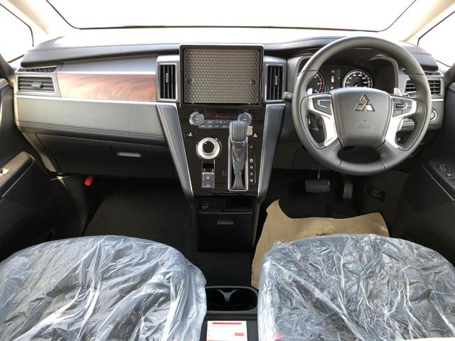Gパワーパケ 4WD 未使用車 8人乗りディーゼル 両側電動(17枚目)