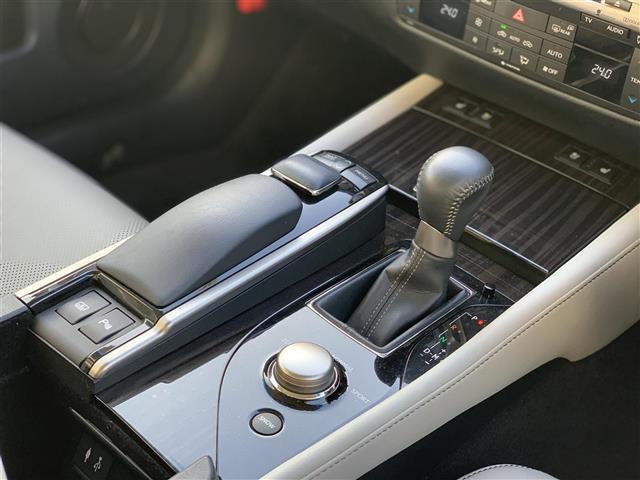 GS350 Iパッケージ 本革シート ドライブレコーダー クリアランスソナー シート シートヒーター&エアシート HDDナビ Bluetooth フルセグテレビ バックカメラ HID 電動チルト&テレスコピックステアリング(4枚目)