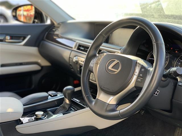 GS350 Iパッケージ 本革シート ドライブレコーダー クリアランスソナー シート シートヒーター&エアシート HDDナビ Bluetooth フルセグテレビ バックカメラ HID 電動チルト&テレスコピックステアリング(10枚目)