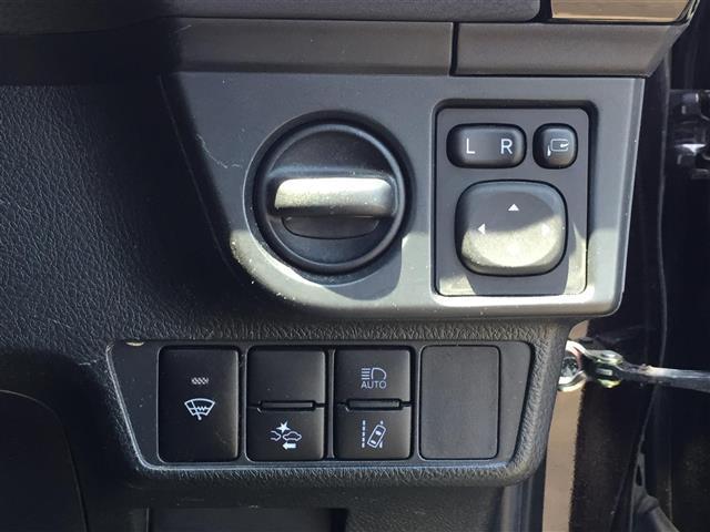 1.5G ダブルバイビー トヨタセーフティーセンス 社外HDDナビ フルセグTV 寒冷地仕様 純正LEDヘッドライト アイドリングストップ 革巻きステアリング ハーフレザーシート 横滑り防止装置 ワンオーナー(11枚目)