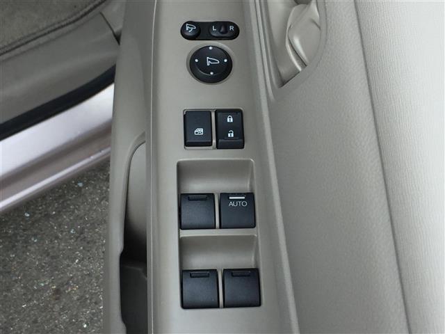 G・Lパッケージ 4WD 純正HDDナビ CD DVD SD USB フルセグTV 左側パワースライドドア プッシュスタート 横滑り防止装置 バックカメラ スマートキー ECON(9枚目)