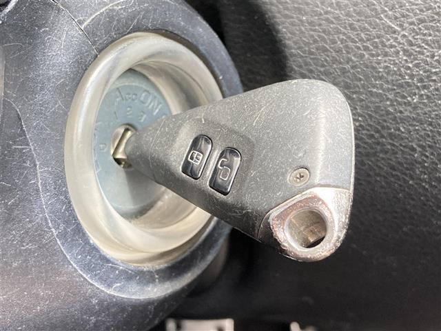 2.5i Sスタイル 4WD 社外メモリーナビ SD CD DVD Bluetooth USB AUX フルセグ 純正AW付きサマータイヤ積込 運転席パワーシート HIDヘッドライト ETC(16枚目)