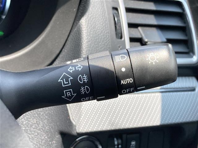 1.6GT-Sアイサイト 純正ナビ EyeSight 衝突軽減ブレーキ 車線逸脱警報 レーダークルーズコントロール アイドリングストップ 横滑防止装置 LEDライト バックカメラ 電動パーキング パワーシート(11枚目)
