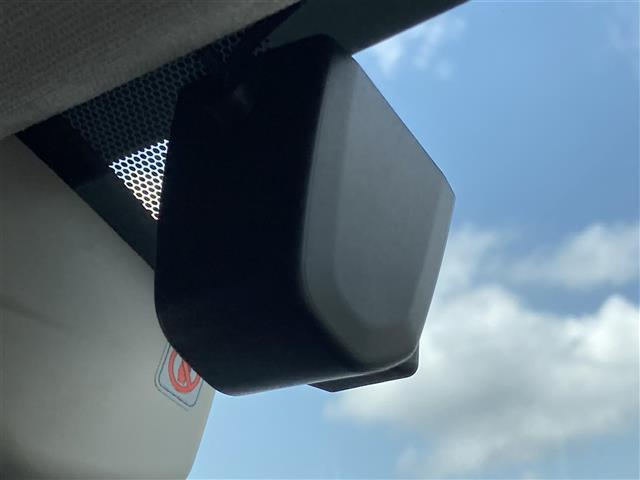 1.6GT-Sアイサイト 純正ナビ EyeSight 衝突軽減ブレーキ 車線逸脱警報 レーダークルーズコントロール アイドリングストップ 横滑防止装置 LEDライト バックカメラ 電動パーキング パワーシート(19枚目)