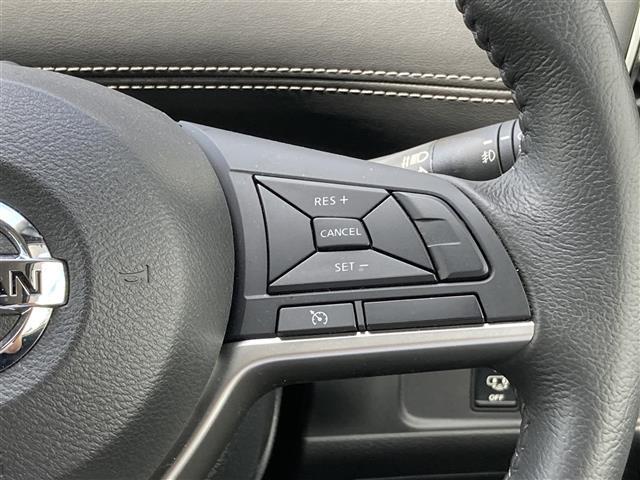 ハイウェイスター エマージェンシーブレーキ 4WD メモリーナビSD CD DVD Bluetooth フルセグ 両側電動スライドドア バックカメラ クルーズコントロール LEDヘッドライト 社外レーダー 横滑防止(16枚目)