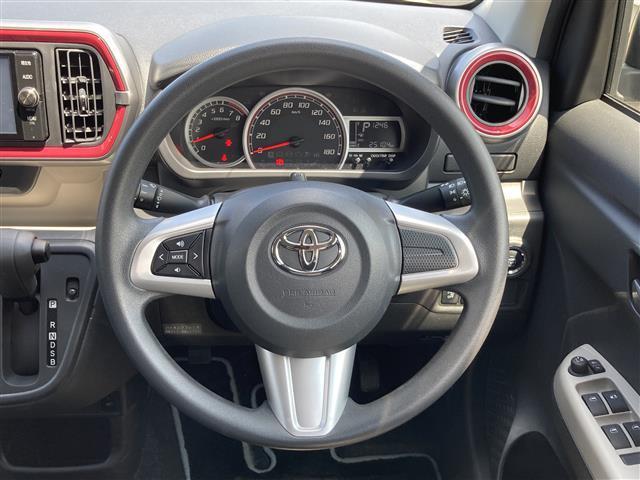 モーダ S 4WD 純正ナビ CD/DVD/SD/BT/フルセグ 衝突被害軽減ブレーキ 横滑防止装置 アイドリングストップ ステアリングスイッチ ワイパーデアイサー シートヒーター HID バックカメラ ETC(6枚目)