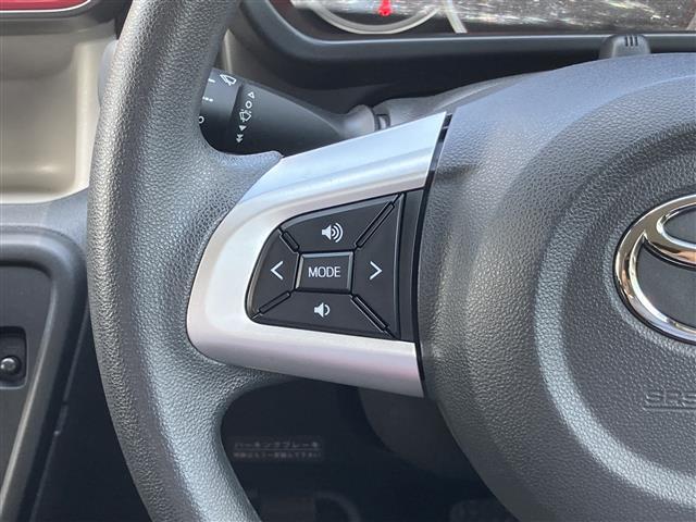 モーダ S 4WD 純正ナビ CD/DVD/SD/BT/フルセグ 衝突被害軽減ブレーキ 横滑防止装置 アイドリングストップ ステアリングスイッチ ワイパーデアイサー シートヒーター HID バックカメラ ETC(8枚目)