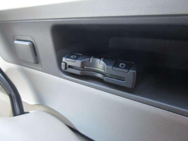 トヨタ ポルテ 130i Cパッケージ ナビ Bカメラ ETC