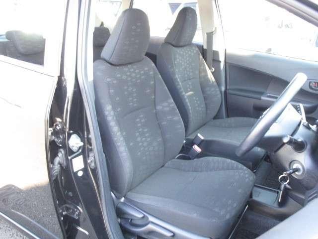 トヨタ ラクティス 1.3 X ディーラー認定車ナビ ワンセグTV