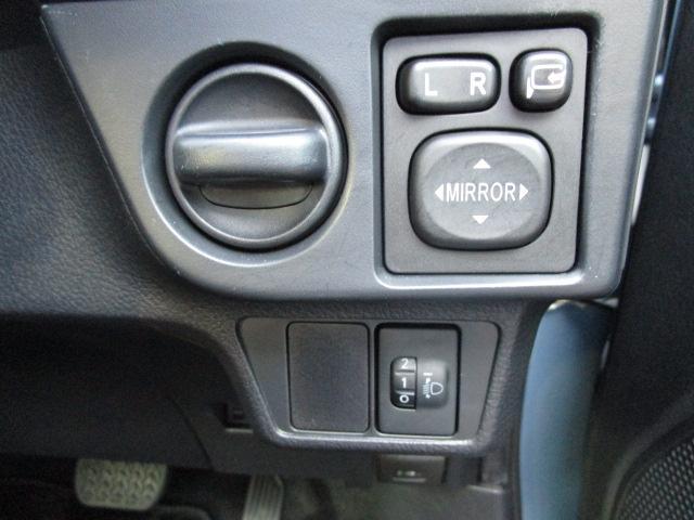ハイブリッド 1.5 ハイブリッド シートヒーター装着車 純正ナビ バックカメラ ETC ディーラー保証(28枚目)