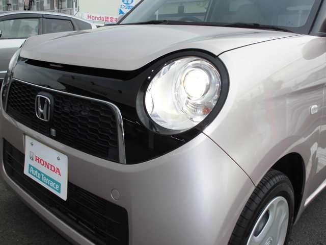 ヘッドライトの光軸の高さ調整が可能なレベリングダイヤルを装備★
