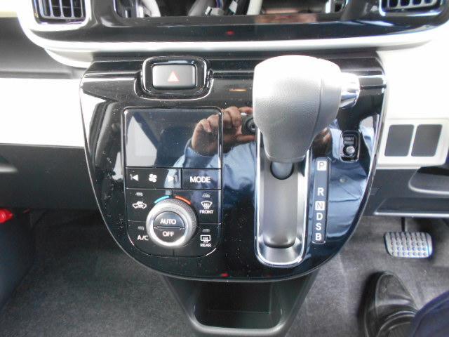 Gブラックアクセント リミテッド SA3 パノラマカメラ・両側パワースライドドア・届け出済み未使用車(14枚目)