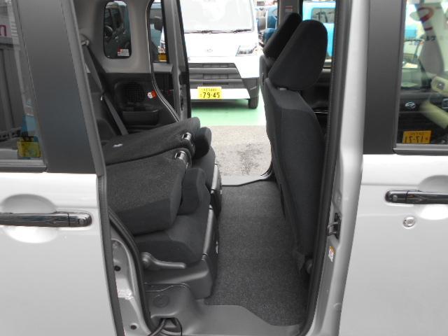 Gブラックアクセント リミテッド SA3 パノラマカメラ・両側パワースライドドア・届け出済み未使用車(23枚目)