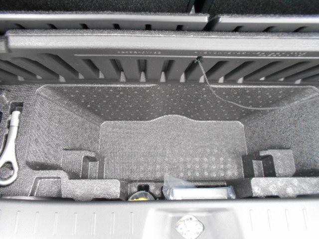 Gブラックアクセント リミテッド SA3 パノラマカメラ・両側パワースライドドア・届け出済み未使用車(25枚目)