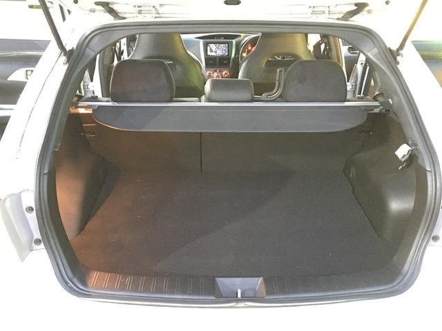 STI A-LineタイプS ワンオーナー 4WD ナビTV(18枚目)