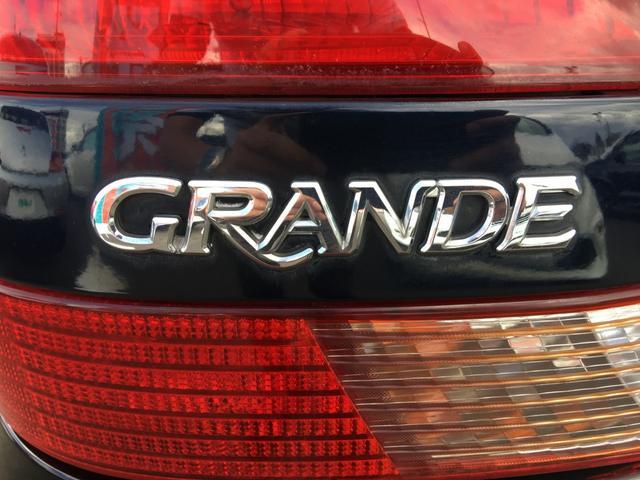 グランデiR-V ターボ車 純正オーディオ 純正エアロ 純正トランクスポイラー 純正17インチAW D席パワーシート HIDライト フォグライト オートライト 電動格納ミラー ミラーヒーター キーレス スペアキー(37枚目)