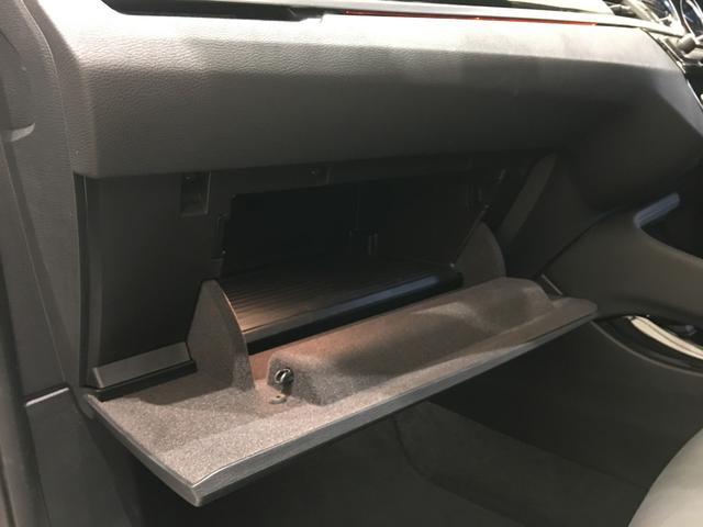 LIBERALAでは輸入車でも最長5年間の保証がご選択頂けます。「中古車は不安」というお客様の声にお応えし、(有償のプランで6ヶ月から5年まで※適用には条件がございます。詳しくはお問い合わせください。