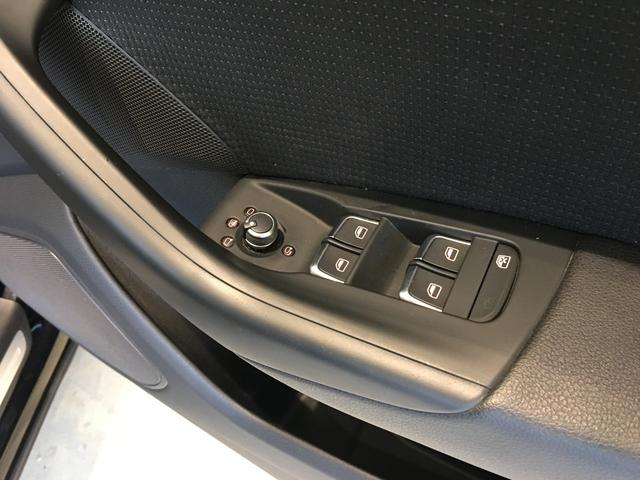「アウディ」「アウディ Q3」「SUV・クロカン」「福岡県」の中古車24