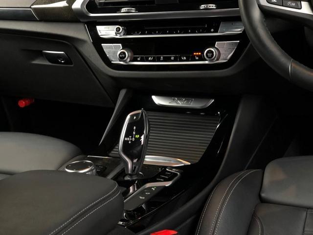 「BMW」「X3」「SUV・クロカン」「大阪府」の中古車32