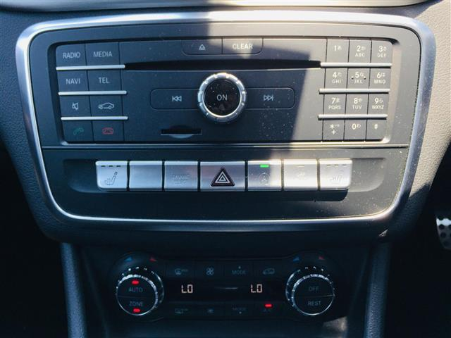 CLA180 AMG スタイル サンルーフ メーカーナビ フルセグTV CD DVD Bluetoothオーディオ Bカメラ スマートキー プッシュスタート LEDオートライト 前席パワーシートヒーター Rクルコン 衝突軽減ブレーキ(22枚目)