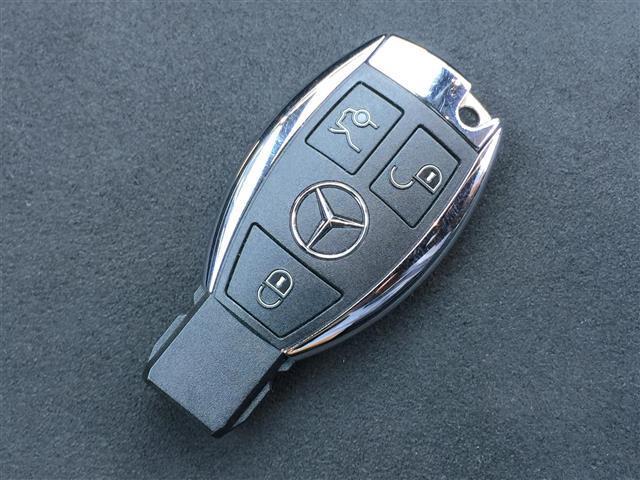 CLA180 AMG スタイル サンルーフ メーカーナビ フルセグTV CD DVD Bluetoothオーディオ Bカメラ スマートキー プッシュスタート LEDオートライト 前席パワーシートヒーター Rクルコン 衝突軽減ブレーキ(36枚目)